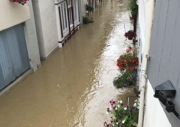 """David Habib : """"Les dégâts des inondations vont être très conséquents, je n'ai jamais vu ça dans le Béarn"""""""