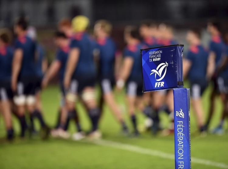 Super Rugby Calendrier.Rugby A 7 La Ffr Enterine La Creation Du Super Seven